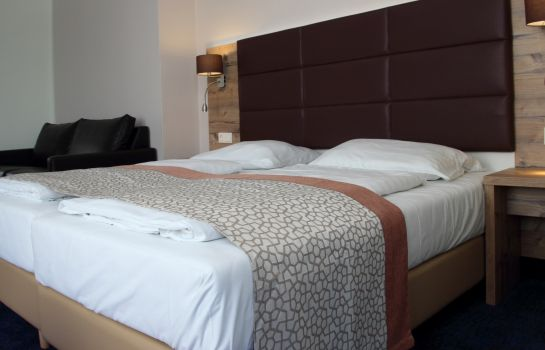 Double room (standard) Rathaushotels
