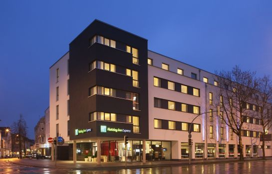 Außenansicht Holiday Inn Express GUETERSLOH