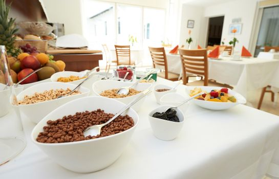 Breakfast buffet City-Hotel Mödling