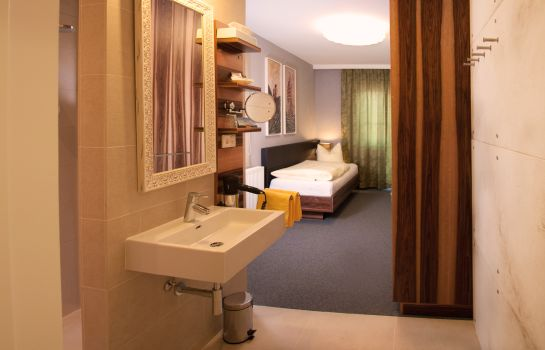 Bathroom Hotel Blumauer