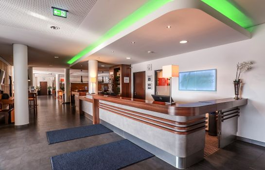 Hotelhalle Holiday Inn Express BREMEN AIRPORT