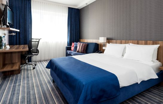 Doppelzimmer Komfort Holiday Inn Express BREMEN AIRPORT