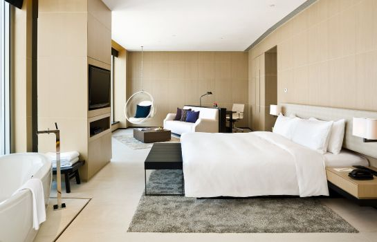 Suite EAST Hong Kong LIFESTYLE