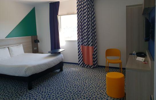 Happy hour le bureau plan de campagne hotel le néliö frankreich