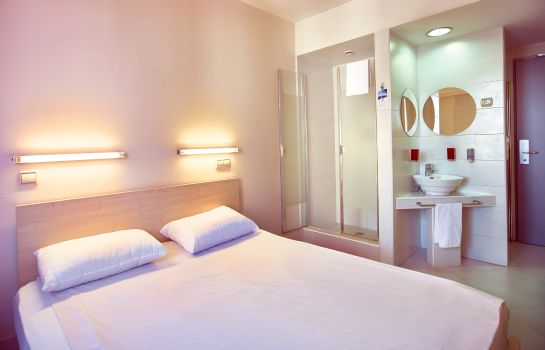 Double room (standard) Hello Hotels Gara de Nord