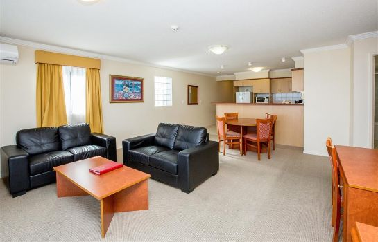 Zimmer Springwood Tower Apartment Hotel