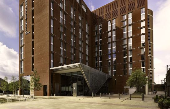 Exterior view DoubleTree by Hilton Hotel Leeds City Centre