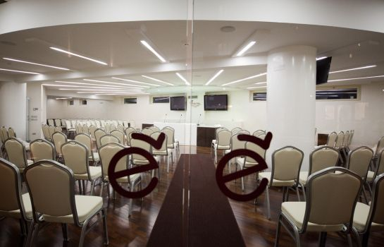 Meeting room E' Hotel
