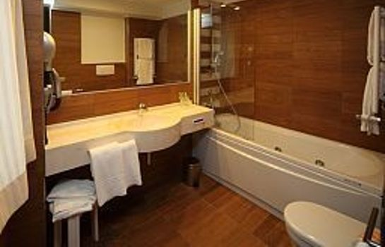 Bathroom E' Hotel