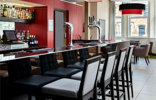 Hotel bar ibis Belfast Queens Quarter