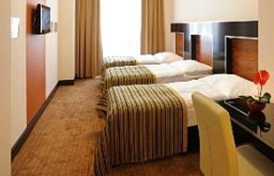 Chambre triple Grand Majestic Plaza