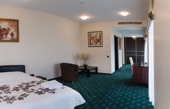 Chambre double (standard) National Golf Resort