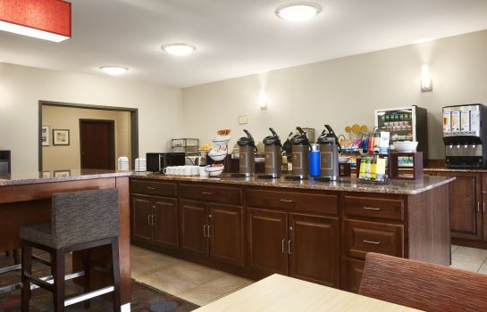 Restaurant MI  Dearborn Country Inn and Suites by Carlson