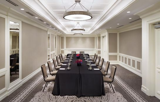 Conference room Waldorf Astoria Chicago