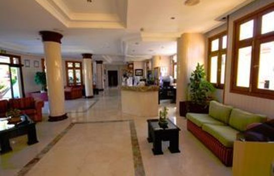 Hall Labranda Reveron Apartments