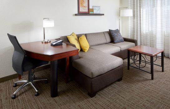 Suite Residence Inn San Antonio Six Flags® at The RIM