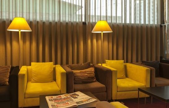 Hotel-Bar Holiday Inn Express LISBON AIRPORT