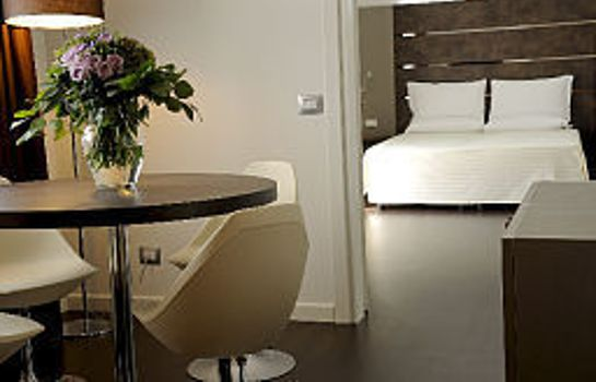 Zimmer Base Hotel to Stay