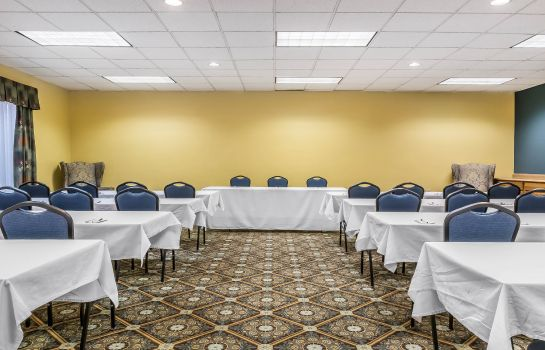 Conference room Quality Inn Milesburg