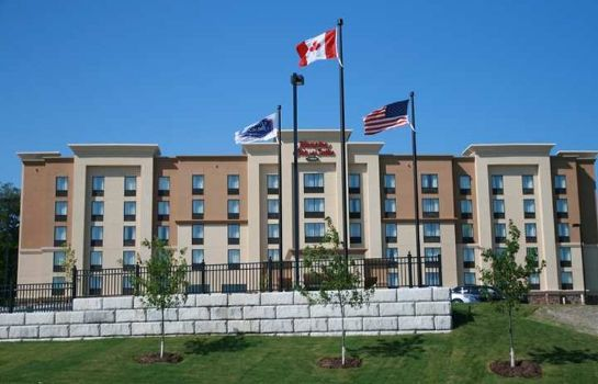 Exterior view Hampton Inn - Suites by Hilton Barrie Ontario Canada