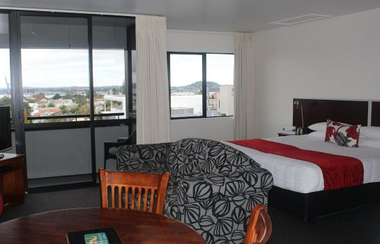 Suite Quality Hotel Parnell