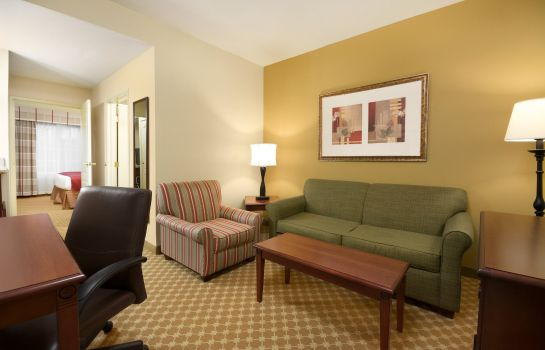 Suite NC  High Point Country Inn and Suites by Radisson