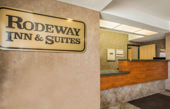 Hall Rodeway Inn & Suites near Outlet Mall - Asheville