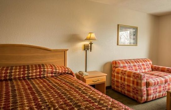 Room Rodeway Inn & Suites near Outlet Mall - Asheville