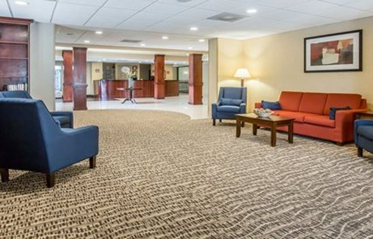 Hall Comfort Suites Atlanta Airport