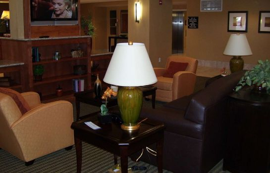 Hotelhalle Hampton Inn - Suites Bakersfield North-Airport