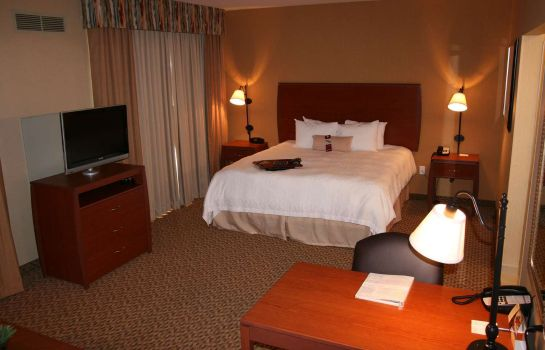 Zimmer Hampton Inn - Suites Bakersfield North-Airport