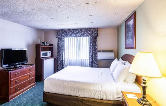 Suite CLARION HOTEL AND CONVENTION CENTER