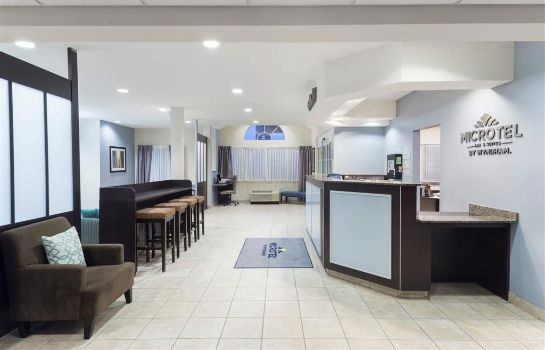 Hotelhalle Microtel Baton Rouge Airport