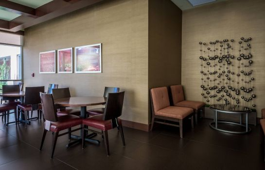 Restaurant SpringHill Suites Birmingham Downtown at UAB