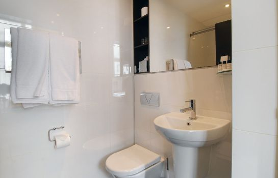Bagno in camera The Park Grand London Paddington