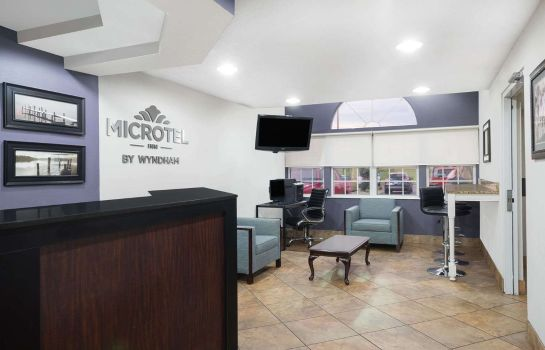 Hotelhalle MICROTEL INN & SUITES BY WYNDH