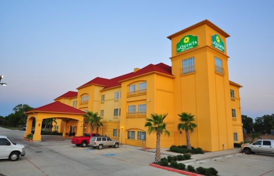 Außenansicht La Quinta Inn and Suites Brookshire