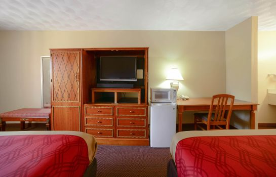 Habitación Econo Lodge  Inn & Suites