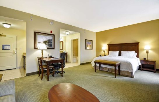 Room Hampton Inn - Suites North Charleston-University Blvd