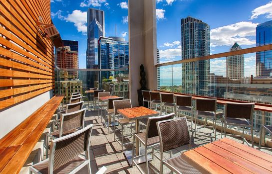 Restaurant theWit Chicago - a DoubleTree by Hilton Hotel