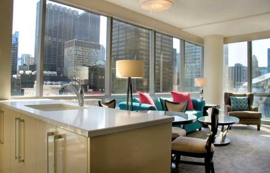 Suite theWit Chicago - a DoubleTree by Hilton Hotel