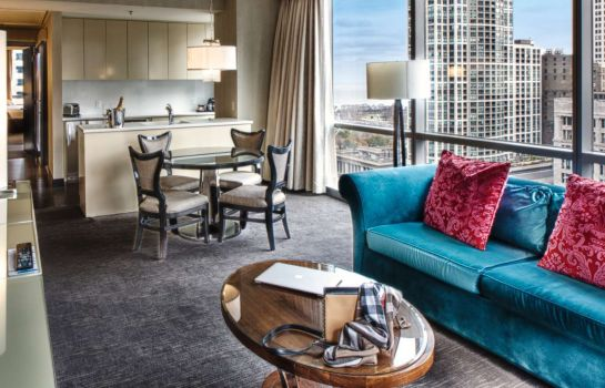Zimmer theWit Chicago - a DoubleTree by Hilton Hotel