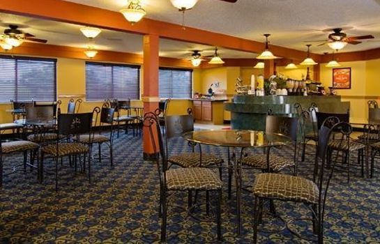 Restaurant Econo Lodge  Inn and Suites