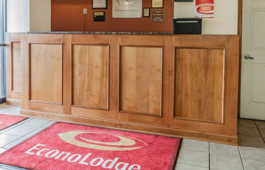 Hall Econo Lodge Cloverdale
