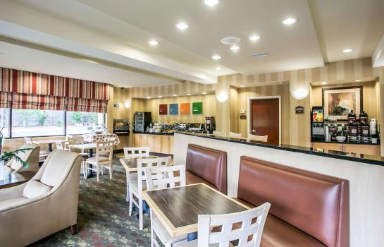 Restauracja Comfort Suites Columbia Northeast - Fort