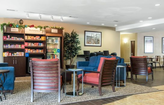 Lobby Comfort Suites Cullman