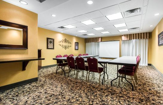 Conference room Comfort Suites Cullman