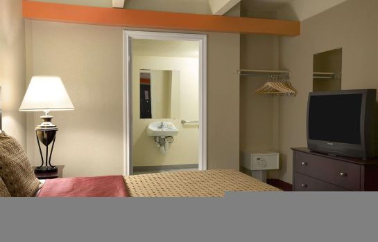 Zimmer Days Inn by Wyndham Denver Downtown