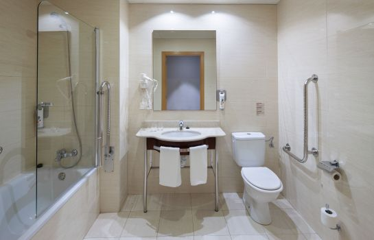 Bagno in camera ibis Styles Pamplona Noain