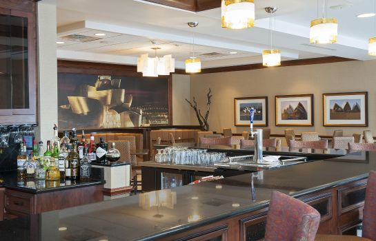 Hotel bar Hilton Garden Inn Columbus-Edinburgh
